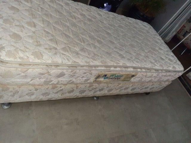 Vendo duas camas de solteiro  - Foto 4