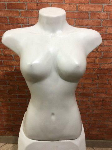 Manequim busto feminino pequeno