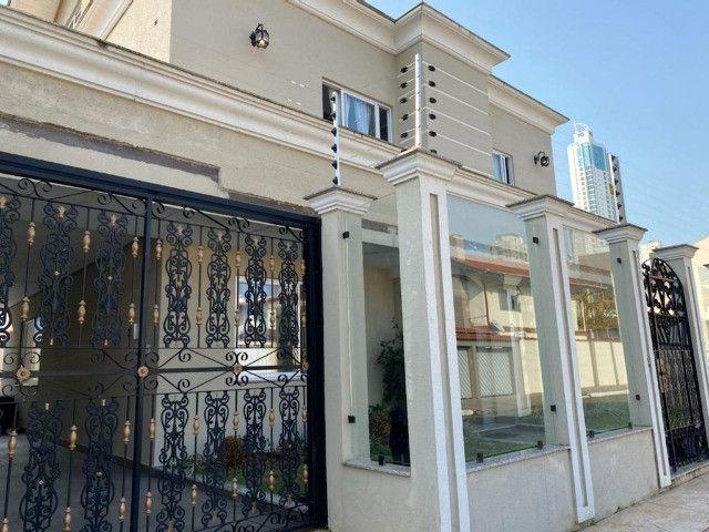 Casa Alto Padrão diferenciada c/ 3 suítes à venda no centro de Balneário Camboriú - Foto 3