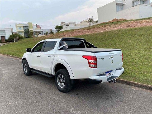 Mitsubishi L200 triton  2019 2.4 16v turbo diesel sport hpe-s cd 4p 4x4 automático - Foto 4