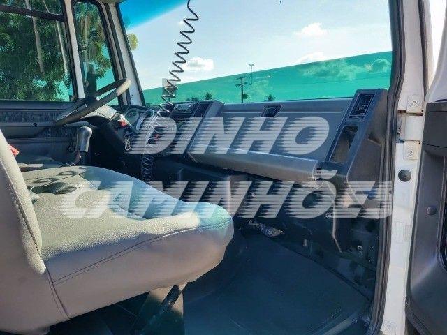 Ford Cargo 815 2012 - Foto 11