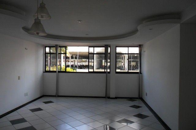 Apartamento próximo ao Parque Cocó, em área privilegiada - Foto 9