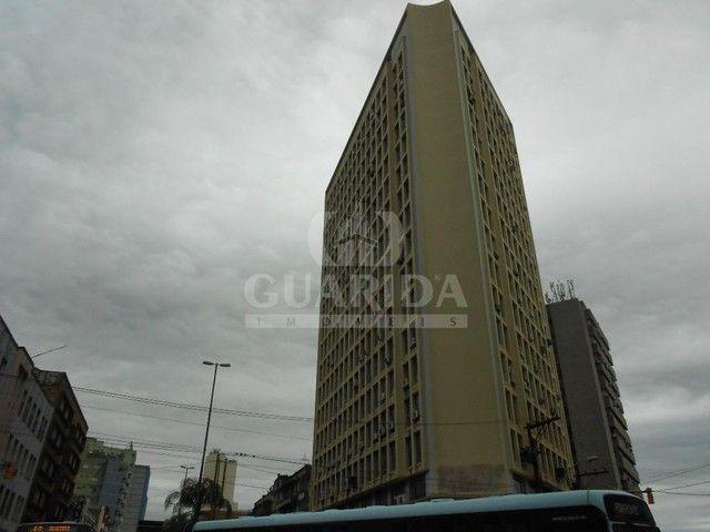 Salas/Conjuntos para comprar no bairro Floresta - Porto Alegre - Foto 14
