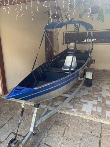 Barco alumínio de bico borda alta 5m semi novo