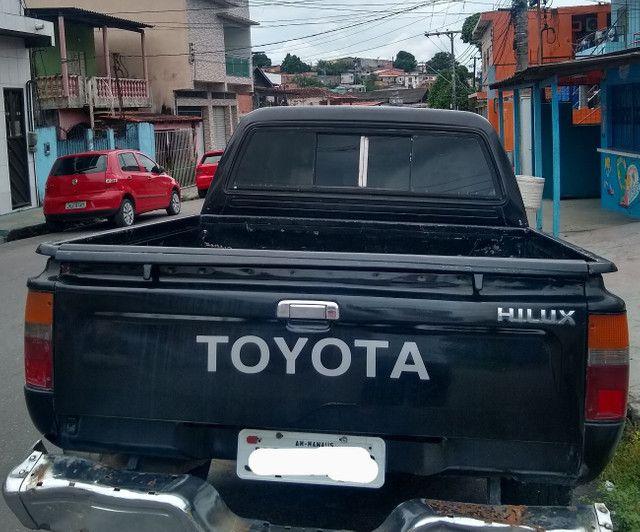 Hilux SR5 2.8 diesel ano 2000 quitada valor R$ 38 mil - Foto 6