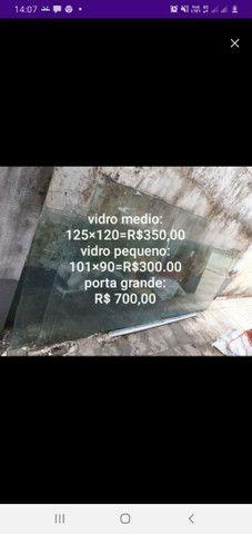 R$ 250 vidro