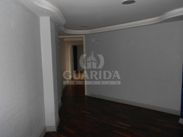 Salas/Conjuntos para comprar no bairro Floresta - Porto Alegre - Foto 17