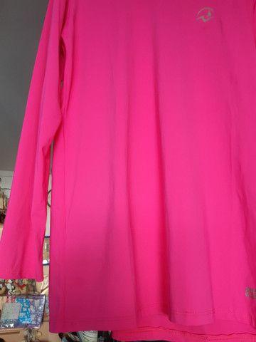 Blusa UV. - Foto 2