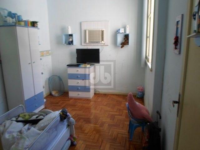 Engenho Novo - Rua Barão do Bom Retiro - Excelente casa - vaga para 3 carros - JBCH62403 - Foto 4