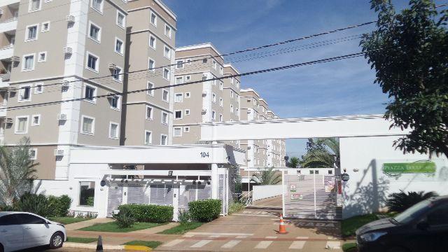 Lindo apartamento com sacada Piazza Boulevard