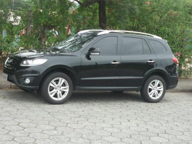 Perfect Hyundai Santa Fe