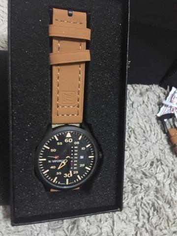 Relógios De Pulso Masculino Naviforce Quartzo Couro lacrado a pronta entrega - Foto 3