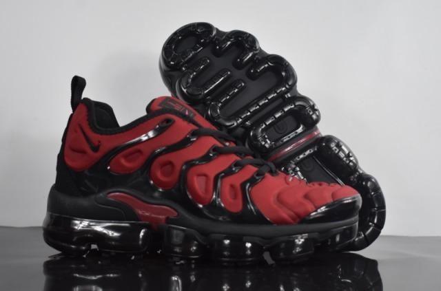 c99da5dfc81 Tênis Nike Air VaporMax Plus - Roupas e calçados - Vila Mariana