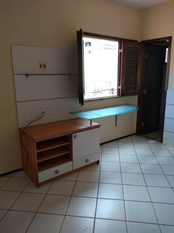 Casa alugar no Calhau com 4 suítes - Foto 9