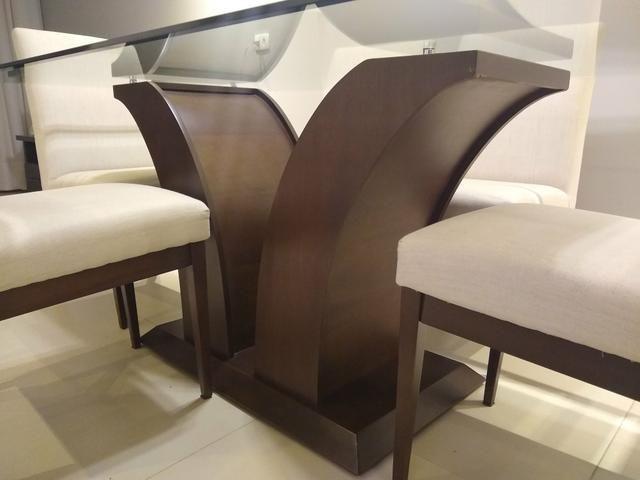 Mesa de vidro com 6 cadeiras + aparador - Foto 3