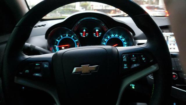 Cruze Hatch 1.8 16V - Completo
