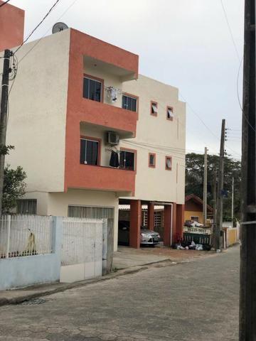 Vendo apartamento 2 quartos Ingleses Direto c/ Proprietário