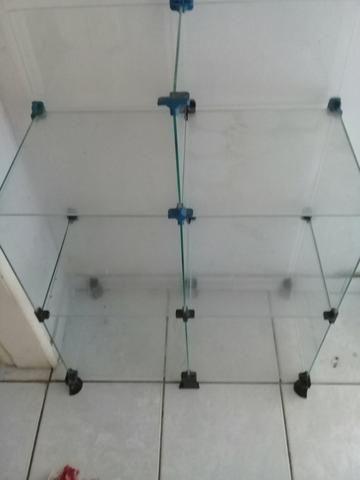 Armário de vidro