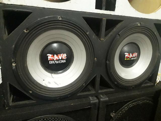 Vendo alto falante de 15 rave bravox 650$ - Foto 4