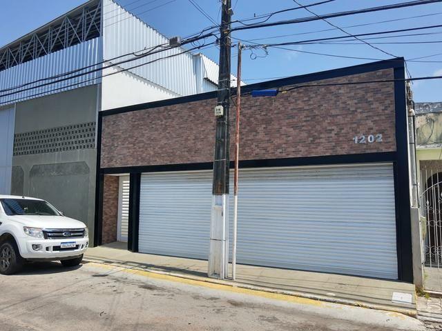 Vendo casa de escritório prox. a Av san R$450mil + Galpão anexo R$750Mil oportunidade