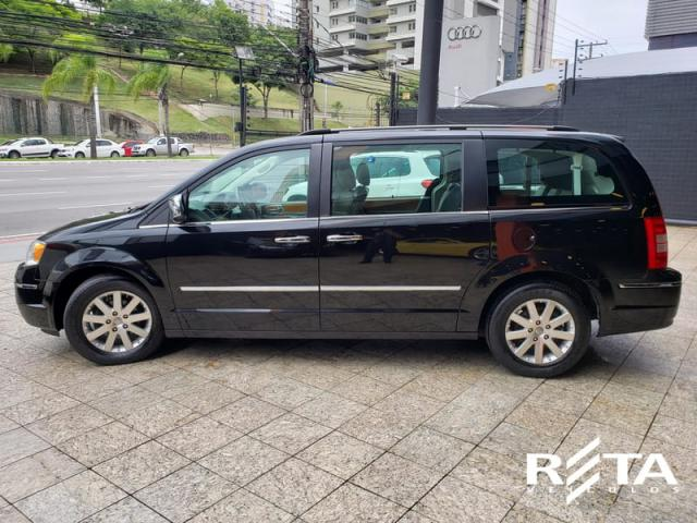 CHRYSLER TOWN & COUNTRY 3.8 V6 AUT - Foto 5