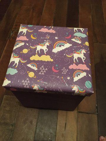 Puff box quadrado unicórnio