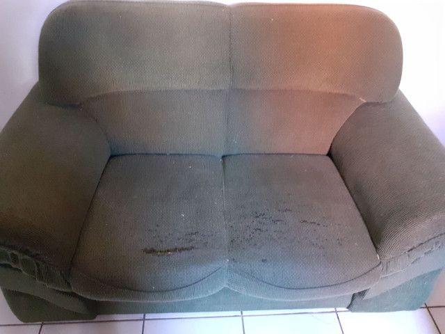 Jogo de sofá 2 e 3 lugares, na cor verde - Foto 3