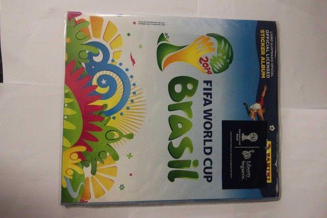 Álbum completo copa 2014 / Panini / em Papel Azul 28 cm x 24 cm x 2 cm - Foto 4