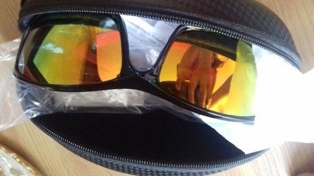 Vendo esses itens variados.  Capa e iphone, óculos  e etc..... - Foto 2