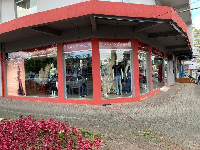 Vendo loja com estrutura completa - Foto 9
