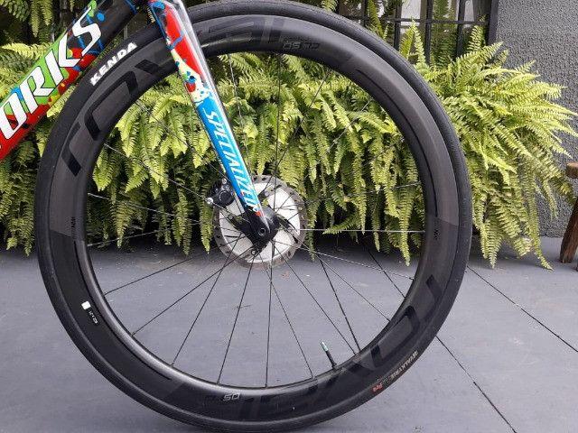 Bicicleta Semi Nova Tarmac SL6 SW Disc - Foto 3