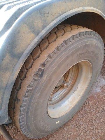 Scania 2007 R-124 LA 420 6X2  e Caçamba 2011/2012 Random Vanderleia com pneus - Foto 11