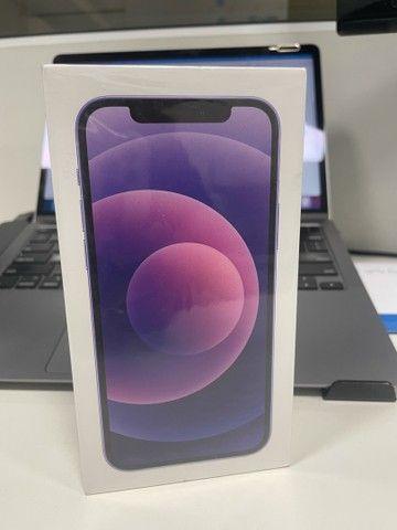 iPhone 12 - 64GB - Purple ( Roxo ) - Novo  - Foto 4