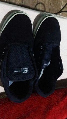 Hocks footwear em muito bom estado tenho os cardaco - Foto 2