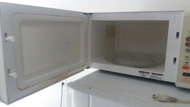 Microondas brastemp 30 litros - Foto 4