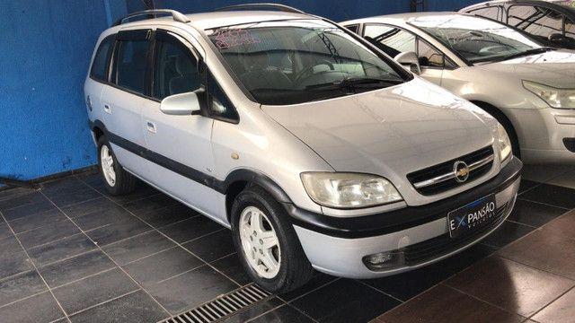 7 Lugares *[Promoção] Chevrolet Zafira Expression 2.0 - Flex - Automático - Completo