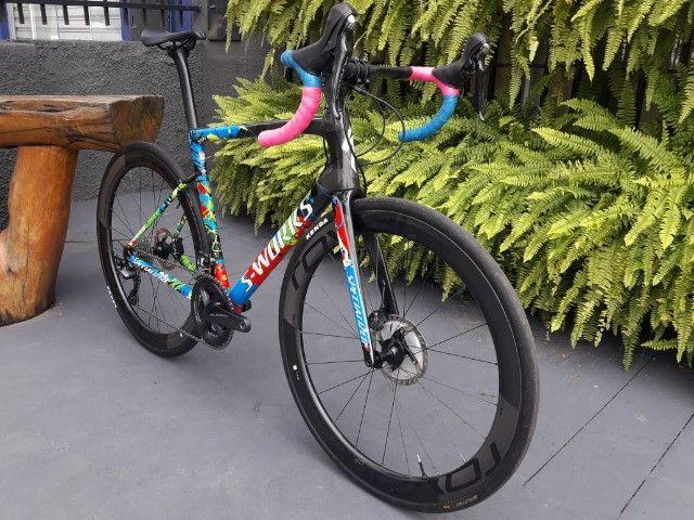 Bicicleta Semi Nova Tarmac SL6 SW Disc - Foto 6