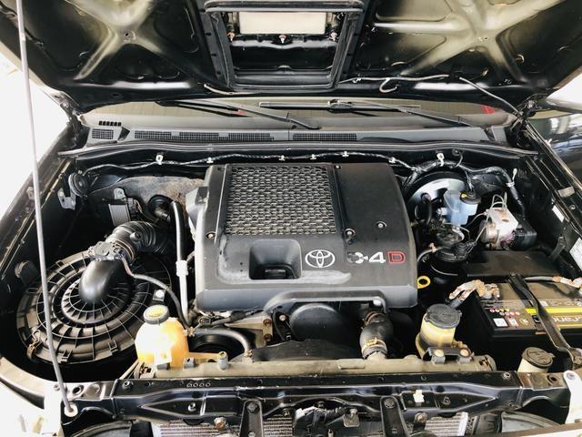 Toyota Hilux SRV Automática - Foto 14