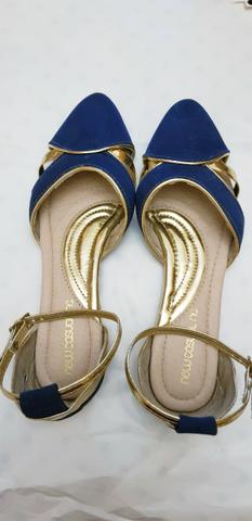 Sapatilha New Casual Azul e dourada 36