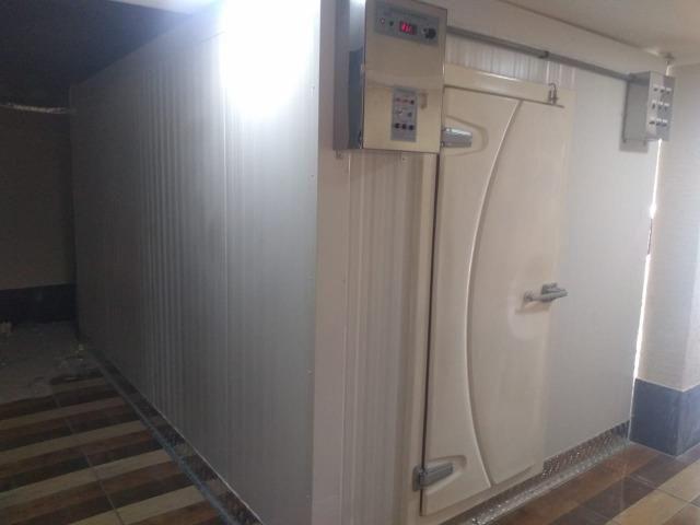 Câmara Fria Modular, ajuste -5ºC á +10ºC, Marca Eletrospitalar - Equipamento SEMI-NOVO - Foto 4