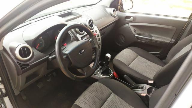 Ford Fiesta Sedan SE 2014 - Foto 4