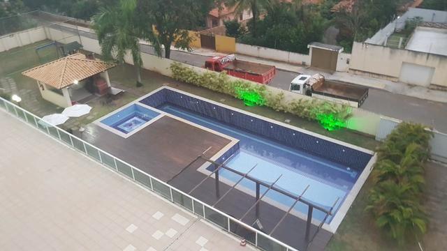 Alugo apartamento de 2 quartos na estrada do coco em frente ao Shopping Busca Vida - Foto 13