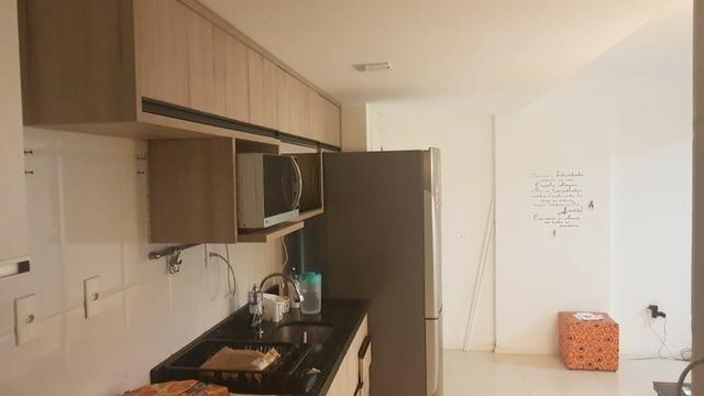 Alugo apartamento de 2 quartos na estrada do coco em frente ao Shopping Busca Vida - Foto 11