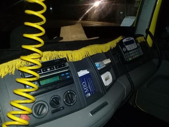 Caminhão Baú Câmara fria - Foto 11