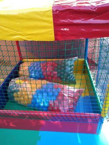 Combo, Locação de brinquedos 2 em 1, cama elástica com piscina de bolas - Foto 2