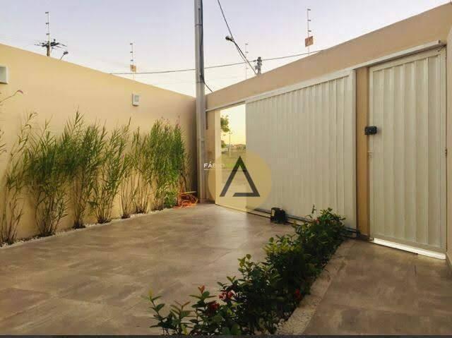 Casa à venda por R$ 425.000,00 - Vale das Palmeiras - Macaé/RJ - Foto 2