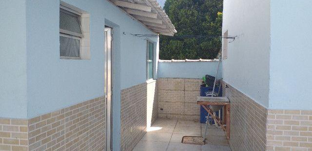Casa 5 qtos com piscina frente para Praia - Foto 4