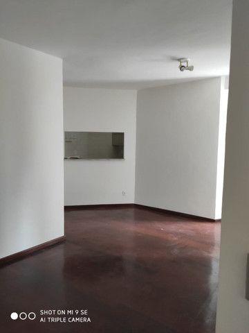Apartamento 2/4 Centro - Desconto 50% primeiro mes - Foto 3