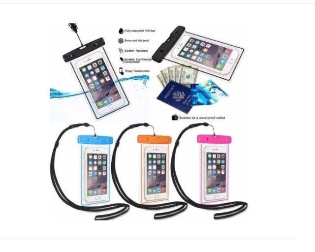 Capa para celular A prova D`água universal - Iphone, Samsung, Motorola, entre outros - Foto 6