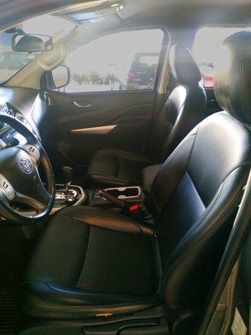 Nissan Frontier 2.3 Turbo Diesel SE CD 4x4 Automática 2018 - Foto 9